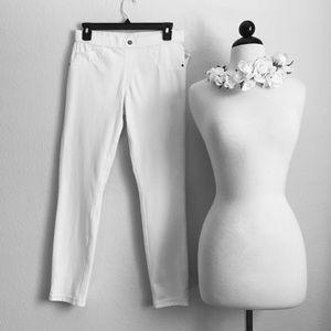 Denim - White Stretch Jeggings